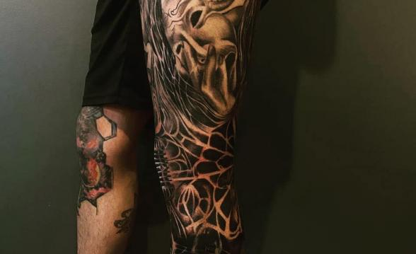 tatuaje ulises bueno pierna