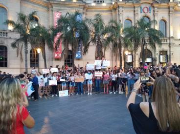 Coros del Domingo Zípoli no pudieron viajar a cantar a Buenos Aires: denuncian a la empresa de colectivos - eldoce