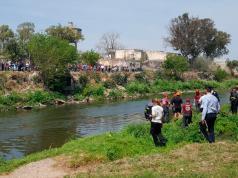 cadáver en el río suquia