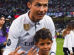 Espectacular gol del hijo de Ronaldo.