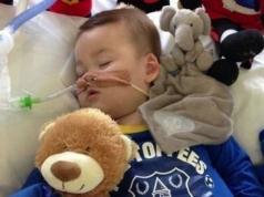 Sobrevivió el bebé al que le retiraron la asistencia artificial.