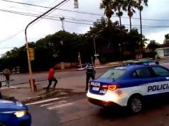 agresion a policia cruz del eje