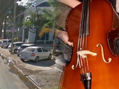 robo violonchello villa allende