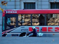 transporte-urbano-colectivo-ersa-piedra-ventanilla-barrio-pueyrredon