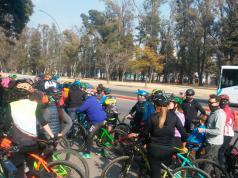 ciclistas-protesta-coe-cordoba