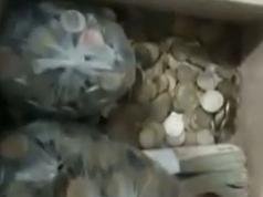multa-moto-monedas-billetes-10-pesos-bahia-blanca