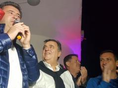 Juntos, Negri y Mestre acompañaron a Dieminger en el festejo.
