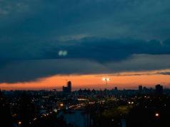 Las nubes ganan lugar en el cielo cordobés y podrían traer precipitaciones.