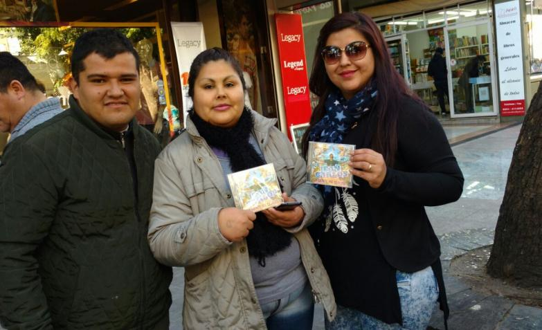 La firma de discos de Jean Carlos en el centro de Córdoba.