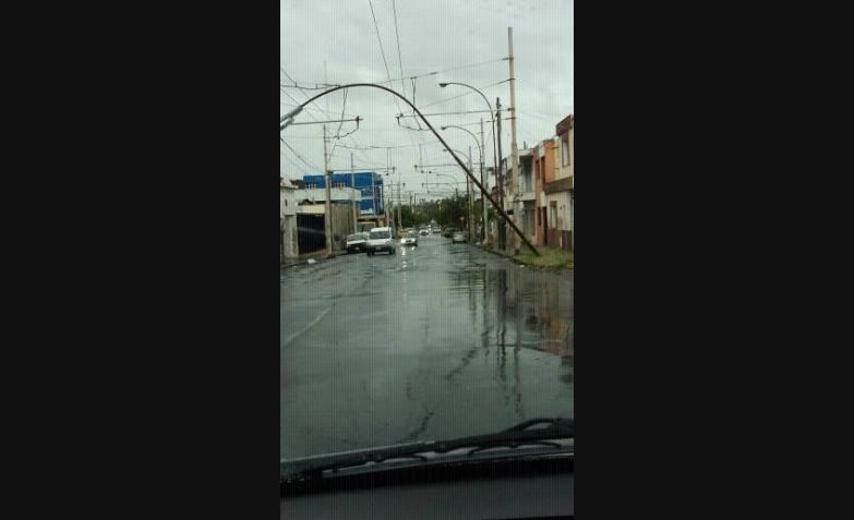 Peligro en el puente Maldonado. Barrio San Vicente.