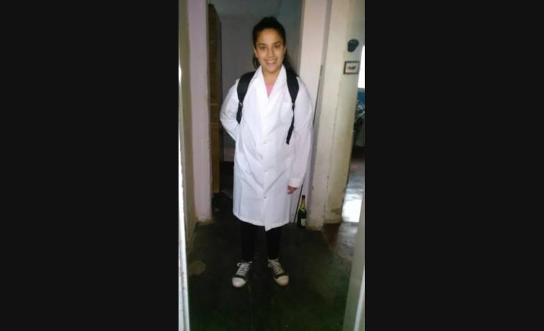Beatriz Figueroa quiere mochila nueva.