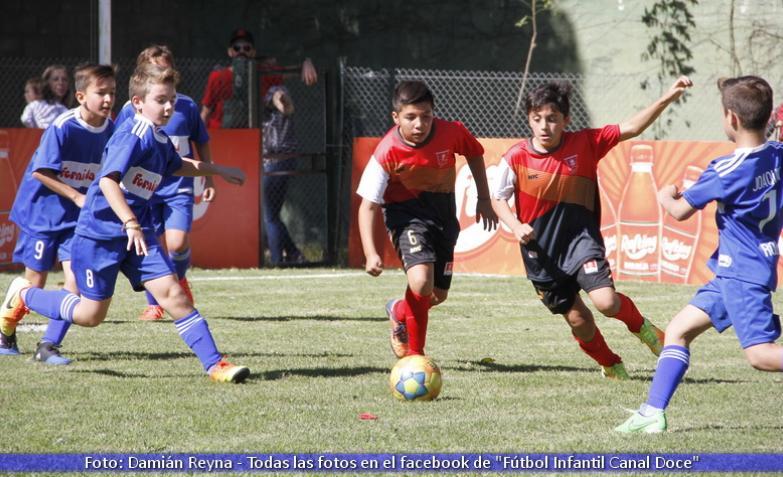 Fútbol infantil: Colegio Robles e Instituto Alta Córdoba