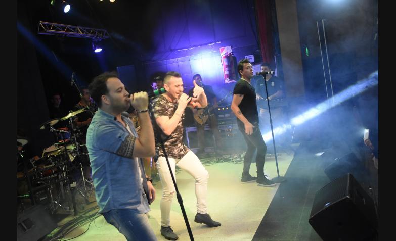 Banda XXI en los Carnavales de Invierno de Sala del Rey / Foto: Maxi López, ElDoce.tv