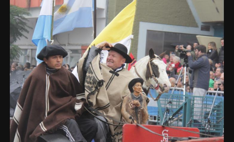 desfile del 9 de julio en Bell Ville