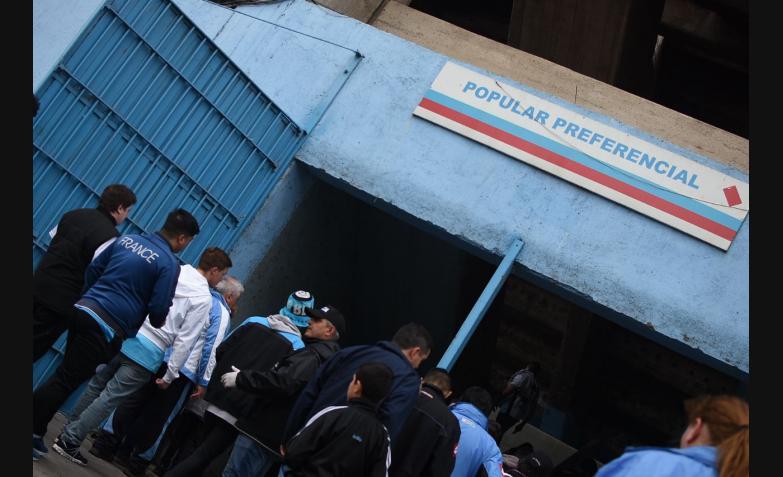 Belgrano regreso Gigante Alberdi hinchas