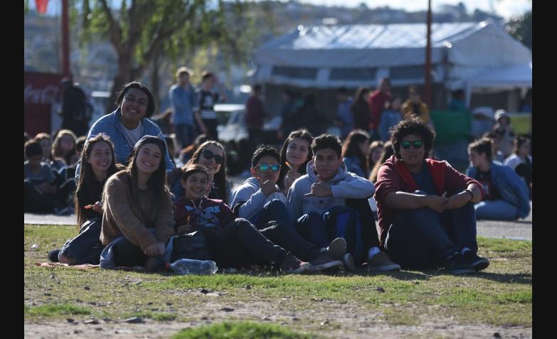 Carlos Paz-Día de la Primavera-Día del Estudiante-Parque de Asistencia-Las Pastillas del Abuelo-Ulises Bueno-Show-Espectáculos-Jóvenes-El Villano-Chipote-Iceberg-Kawen-Fiesta
