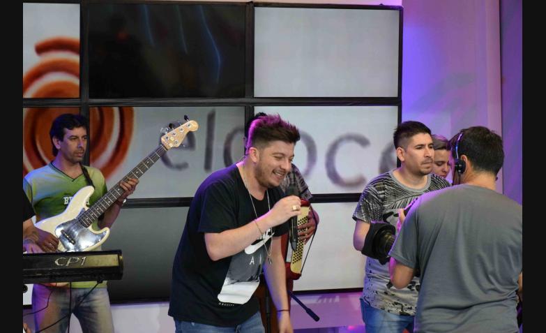 Damián Córdoba y un acustico exclusivo / Fotos: Fede Seveso para ElDoce.tv