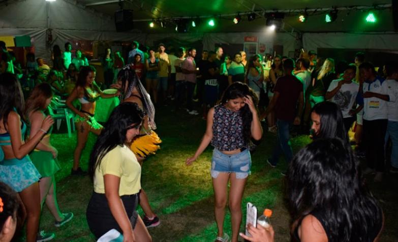 luciano pereyra fiesta de las colectividades alta gracia festival 2018