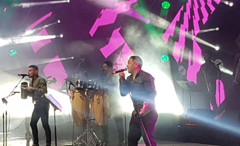 La gran noche de cuarteto en Villa María . Fotos: Sergio Díaz y Flavio Castelló, Cuarteteando.com