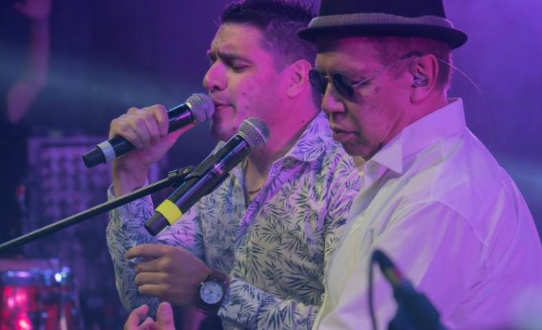 el rey Pelusa festejo 40 años Ulises Bueno pablo lanzallamas Brizuela Los Chicos Orly Kesito Pavon La banda de carlitos Pirucho Lisandro marquez