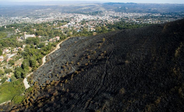 Incendio La Falda