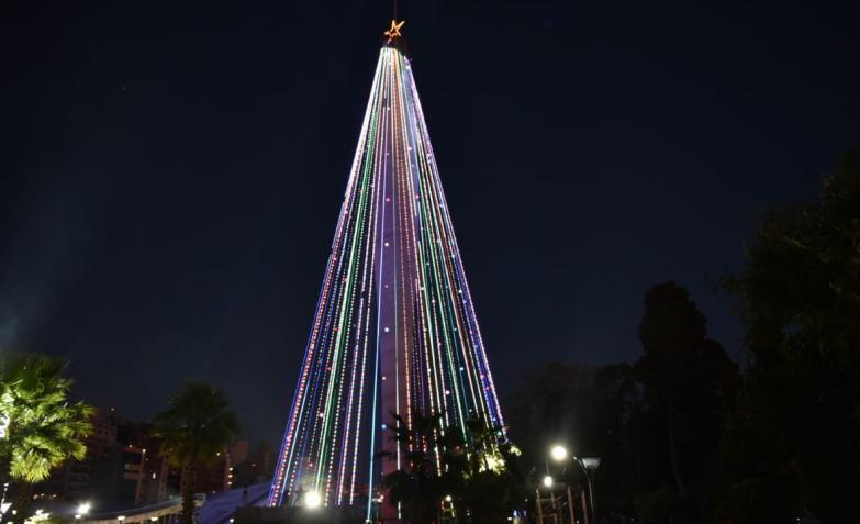 Árbol de Navidad, Navidad, Faro del Bicentenario, Córdoba