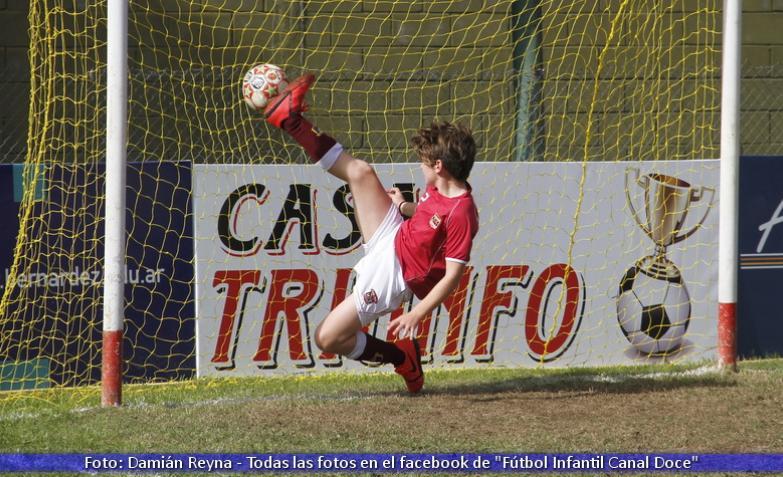 festejo-gol-futbol-infantil-dia-del-padre.jpg