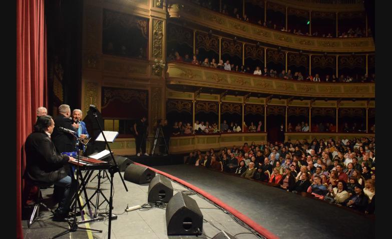 Chébere-Aniversario-45-Años-Teatro-Del-Libertador-San-Martín