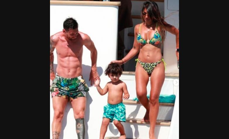 Lionel-Messi-Antonela-Roccuzzo-Vacaciones-Ibiza