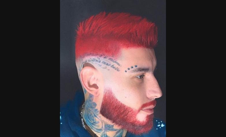ulises bueno cambio look rojo pelo barba
