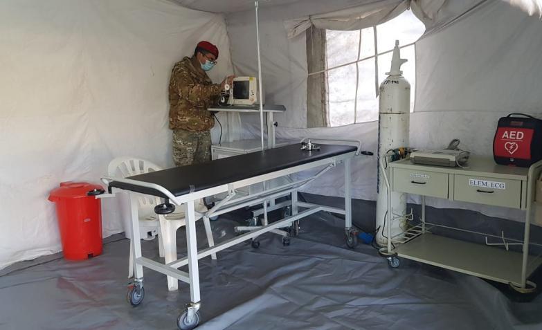 Así es el hospital de campaña que el ejército armó en Unquillo para atender casos de COVID-19 de todo Sierras Chicas. / Foto: El Doce
