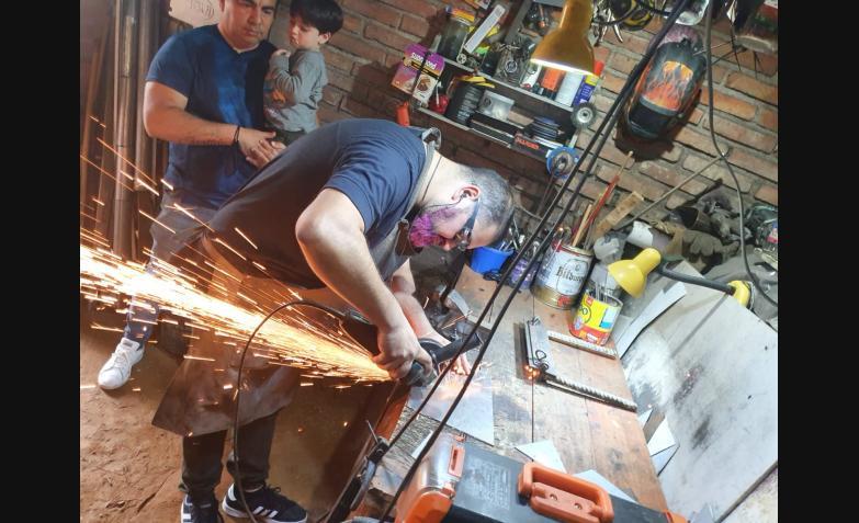 conejo rivarola conejito luthier timbaleta instrumentos musicos la mona ulises bueno