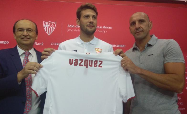 Camiseta Sevilla FC Vázquez