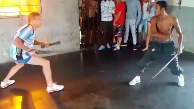 Prostituta se sorprende por un big cock - 2 3