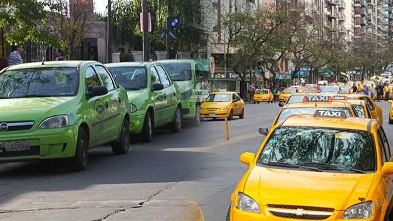 taxis-remises-aumento-eldoce-municipalidad-cordoba