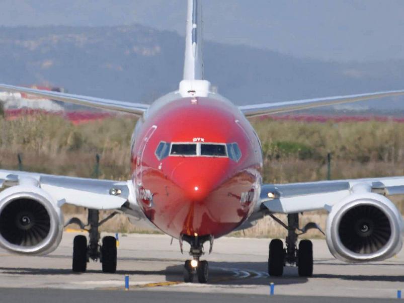 Se agotaron en tres horas los vuelos para ir a barcelona for Vuelos de barcelona a paris low cost