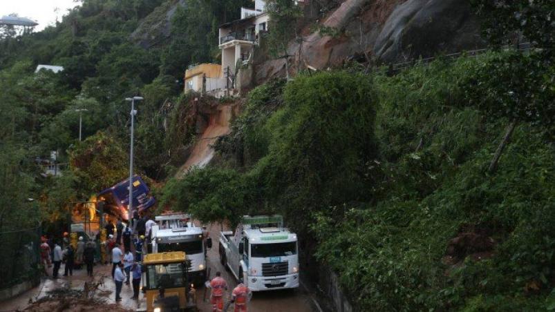 Por las lluvias torrenciales hay al menos 6 muertos — Río de Janeiro
