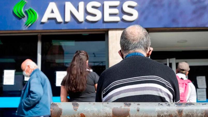 El Gobierno pagará un bono especial para compensar la inflación — Jubilados