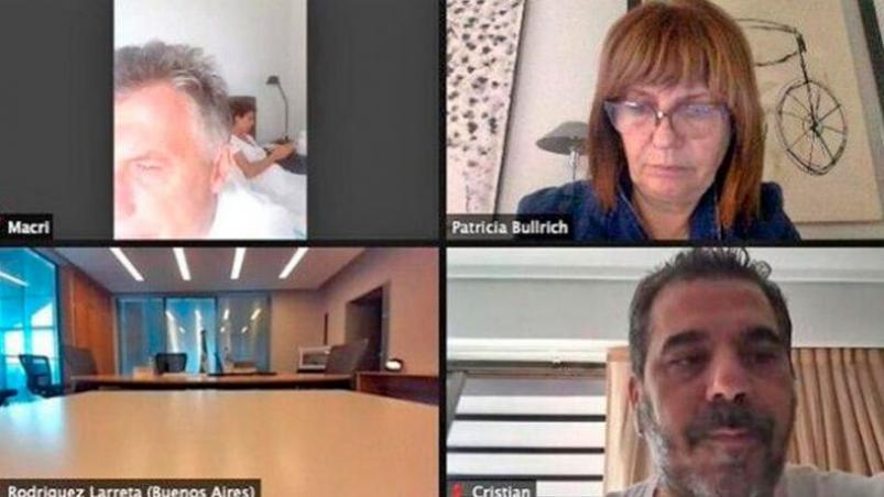 Macri participó del zoom de Juntos por el Cambio desde la cama