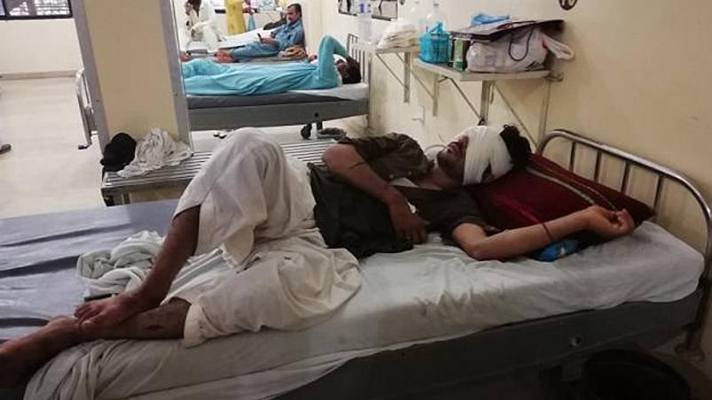 Padre y hermanos le sacan los ojos, en Pakistán