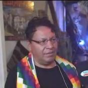 Hinchada boliviana alienta desde Córdoba