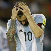 Messi fue suspendido cuatro partidos por insultar a un árbitro