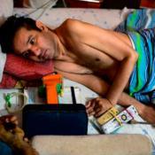 Venezuela-Crisis-social-política-Régimen-Escasez-Alimentos-Medicamentos-Cuadripléjico-Eutanasia-Pedido-Desesperación-Salud-Accidente-Paralítico-Dificultades-Marco-Guillén-Nicolás-Maduro