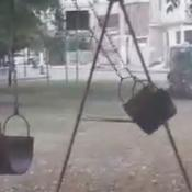hamaca se mueve sola plaza barrio san lorenzo cordoba