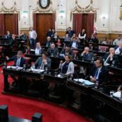ley-quita-beneficios-empleados-epec-legislatura.