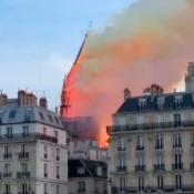 aguja-desmorono-catedral-de-notre-dame-paris-francia-incendio