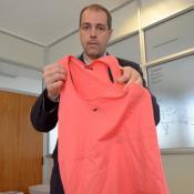 Científicos cordobeses desarrollaron las prendas y ahora buscan venderlas en el exterior.