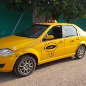 El taxista fue engañado por el pasajero que después le robó junto a un cómplice.