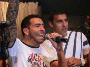 Carlos Tévez y Ramón Abila