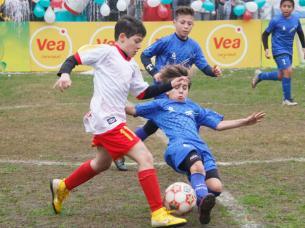 futbol-infantil-14-de-julio.jpg